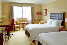 LHR Windsor Marriott twin room