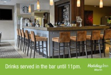 LGW Holiday Inn Worth bar