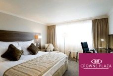 MAN Crowne Plaza Club rooms