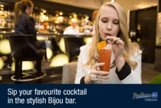 Heathrow Radisson Blu bar